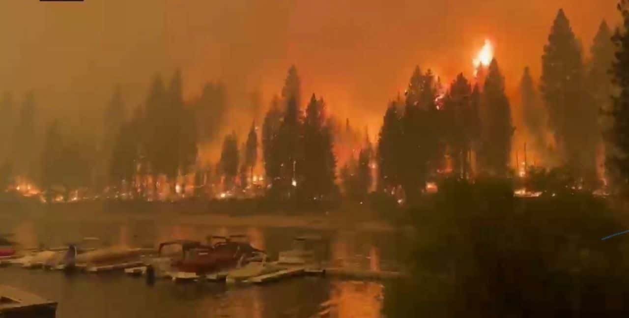 Photo of the Creek Fire as it nears a marina in Shaver Lake California