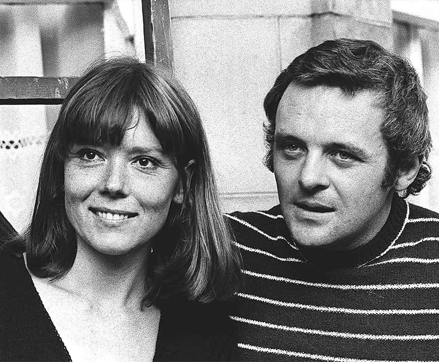 Photo of British actress Diana Rigg and actor Anthony Hopkins