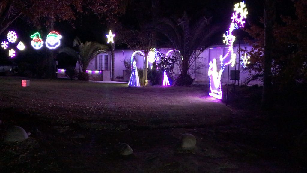 You'll Want to Pull Over to Watch This Entire Christmas Lights Show in Clovis